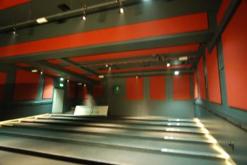 Duke's @ Komedia pops with ClothGrip™ acoustic wall and ceiling panels.