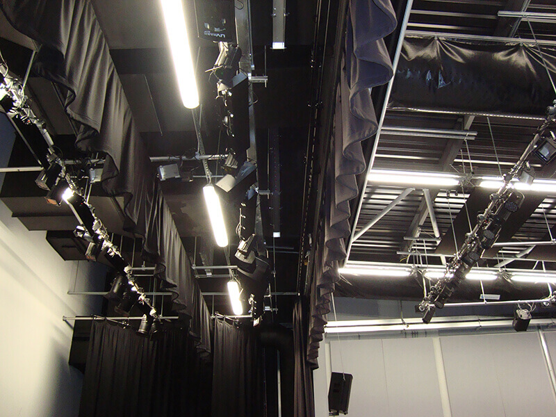 camstage hung three lighting bars to add flexibility for a UK stage